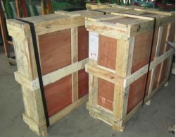 Clear Glass Partition Packaging