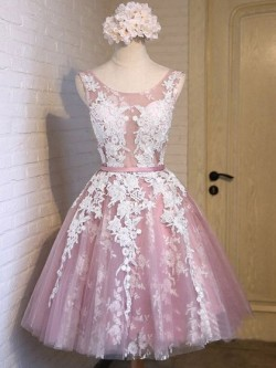 Girls A-line Scoop Neck Tulle Knee-length Appliques Lace Prom Dresses in UK