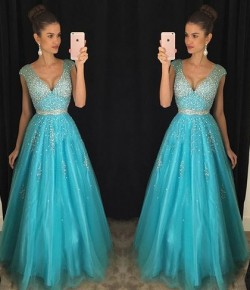 Princess V-neck Tulle Floor-length with Beading Exclusive Prom Dresses in UK