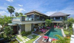 Villa LeGa – 5 Bedrooms Beachfront Villa at Batubelig, Seminyak