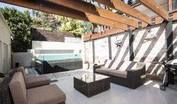 4 Bedroom Luxury Home with Pool in Bronte Beach, Sydney, Australia