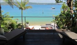 3 Bedrooms Luxury Villa in Sydney, Watsons Bay | VillaGetaways.com