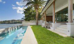 Luxury Waterfront Beachside Villa in Rose Bay, Sydney – 4 Bedroom